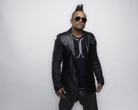 Apl.de.Ap Hitting Up Eve