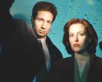 BACK IN THE TRENCHES X-Files Fashion