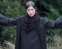 ALDOUS HARDING Unique NZ act signs to 4AD