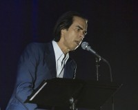 NICK CAVE – Crowd-pleasing set? You heard right.