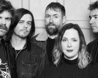 SLOWDIVE Back to the souvlaki shop