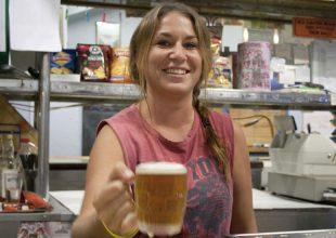 PETE GLEESON Hotel Coolgardie: Beers, cheers and tears