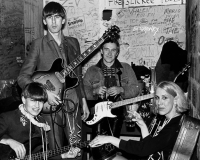 THE GO-BETWEENS: RIGHT HERE gets 7/10 Was There Anything I Could Do?