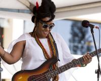 Grace Barbe Afro Kreol