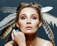 CLARE BOWEN Nashville star taking over The Astor