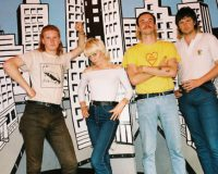 AMYL AND THE SNIFFERS Destined for WA
