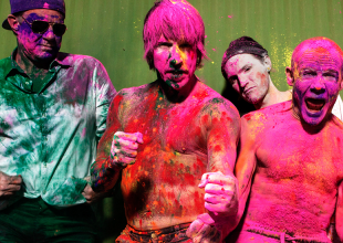 RED HOT CHILI PEPPERS Get your socks out