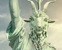 HAIL SATAN? gets 8/10 Raising of the horns