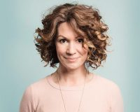 KITTY FLANAGAN Smashing form