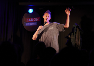 WIN! LAUGH RESORT 9 AT 9 SHOWCASE Tickets